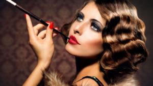 Czym charakteryzuje się makijaż lata 20?