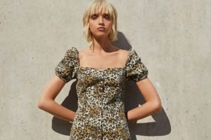 Bershka sukienki – jaka powinna propozycja sukienki na co dzień?