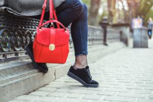 Bershka torebki – którą zabrać na wakacyjny urlop?