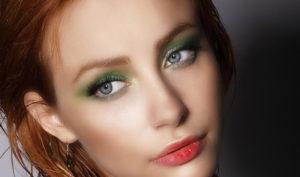 Makijaż do rudych włosów – który będzie strzałem w dziesiątkę?