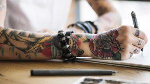 Sprawdźmy gdzie najbardziej boli tatuaż?